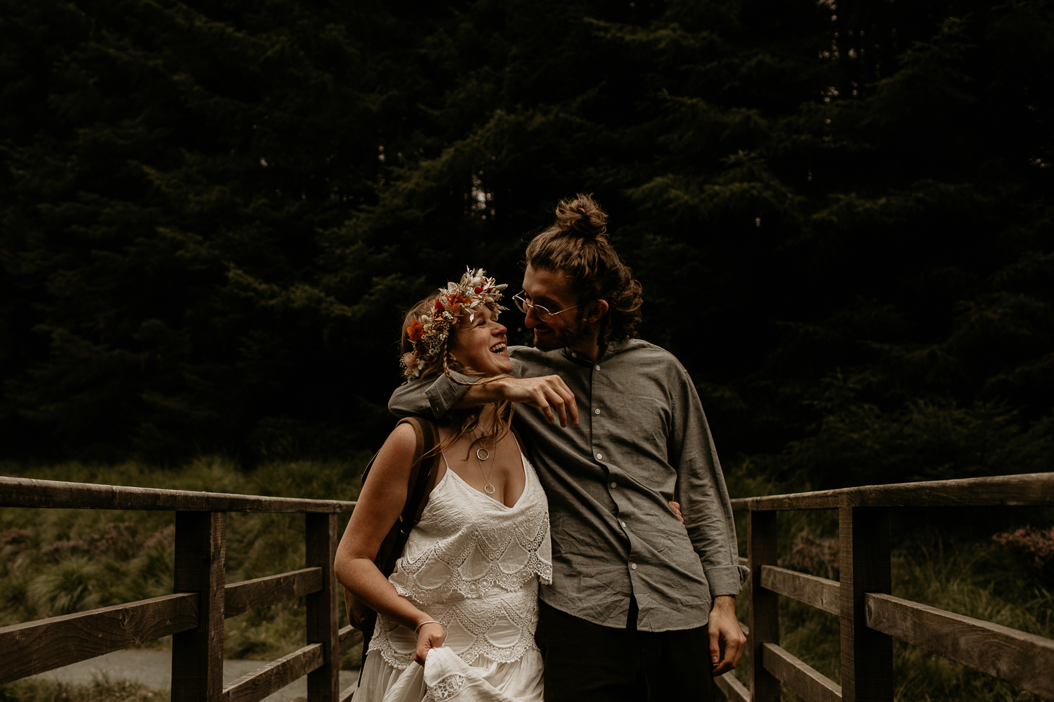 Elopement Hike Walk Wedding Day